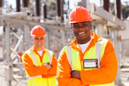 Reducing risks by selecting a qualified engineer